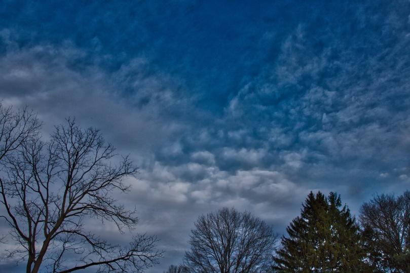Morning clouds in Abington 2015-12-21 07.49.jpeg